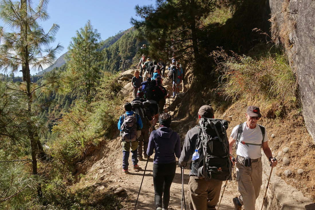 Crowded trails en route to Everest Base camp in Nepal